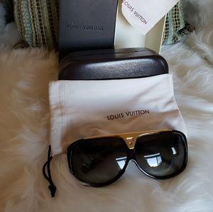 c0665fedeb94 Louis Vuitton Sunglasses for Women